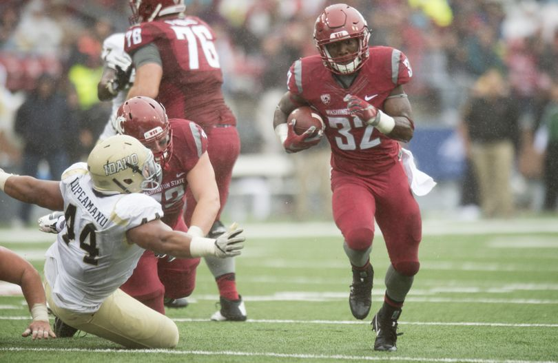 Washington State Cougars running back James Williams (32) runs the ball against Idaho during the second half of a college football game on Saturday, Sep 17, 2016, at Martin Stadium in Pullman, Wash. WSU won the game 56-6. (Tyler Tjomsland / The Spokesman-Review)