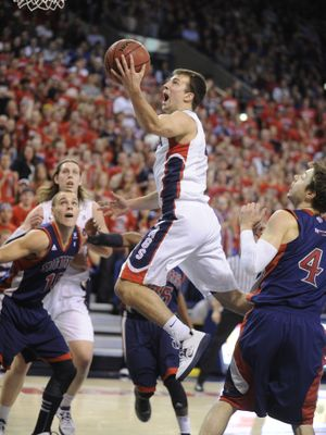 Gonzaga's Kevin Pangos heads to the basket in the first half. He finished with 22 points. (COLIN MULVANY PHOTOS)