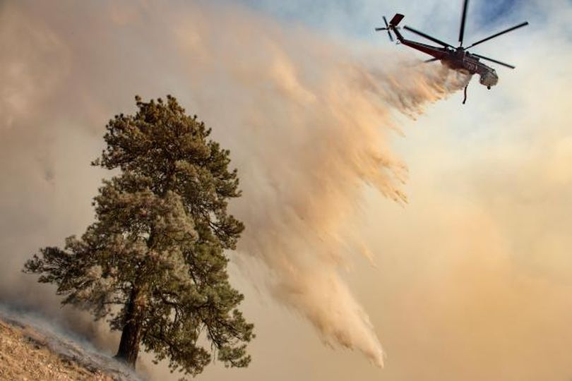 Water drop on the Pioneer Fire, Aug. 29, 2016 (Inciweb)