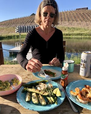 The Trailer Pond in Paso Robles, Calif., offers guests the option of cooking in an outdoor kitchen. We made shrimp fajitas during a recent visit. (Leslie Kelly)