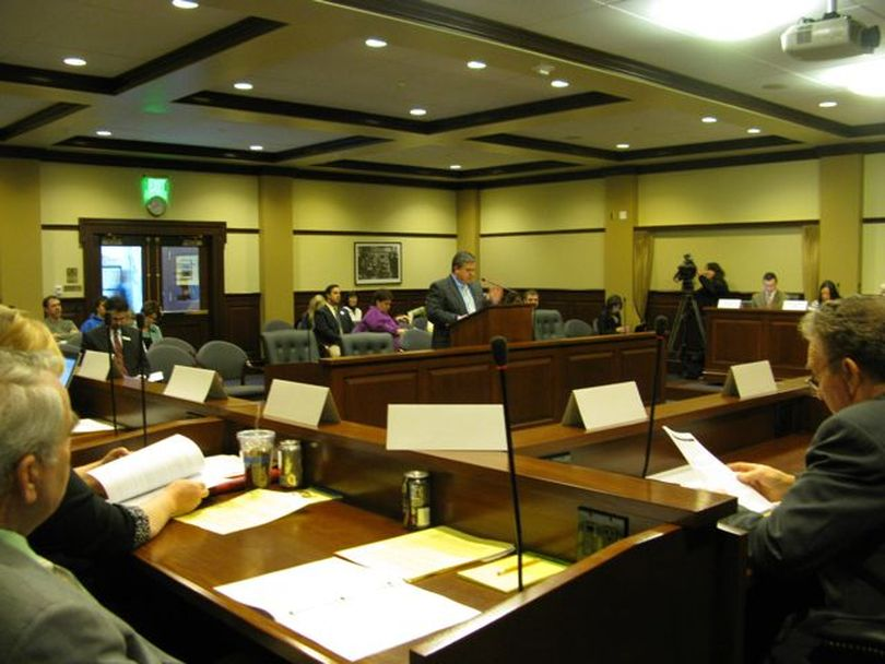 The House Education Committee hears from state schools Supt. Tom Luna Tuesday morning on SB 1184, his third school reform bill. Luna told the panel that the laptop computers or other devices students eventually would get under the bill could replace textbooks, calculators and more. (Betsy Russell)
