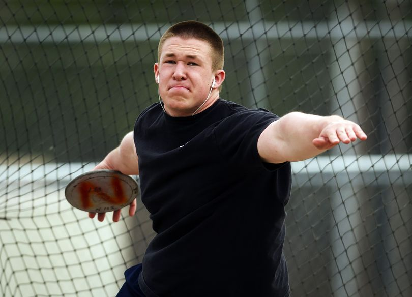 Newport's Aaron Castle won the State 1A title last year in the shot put, setting a state record, and finished second in the discus. (Colin Mulvany)