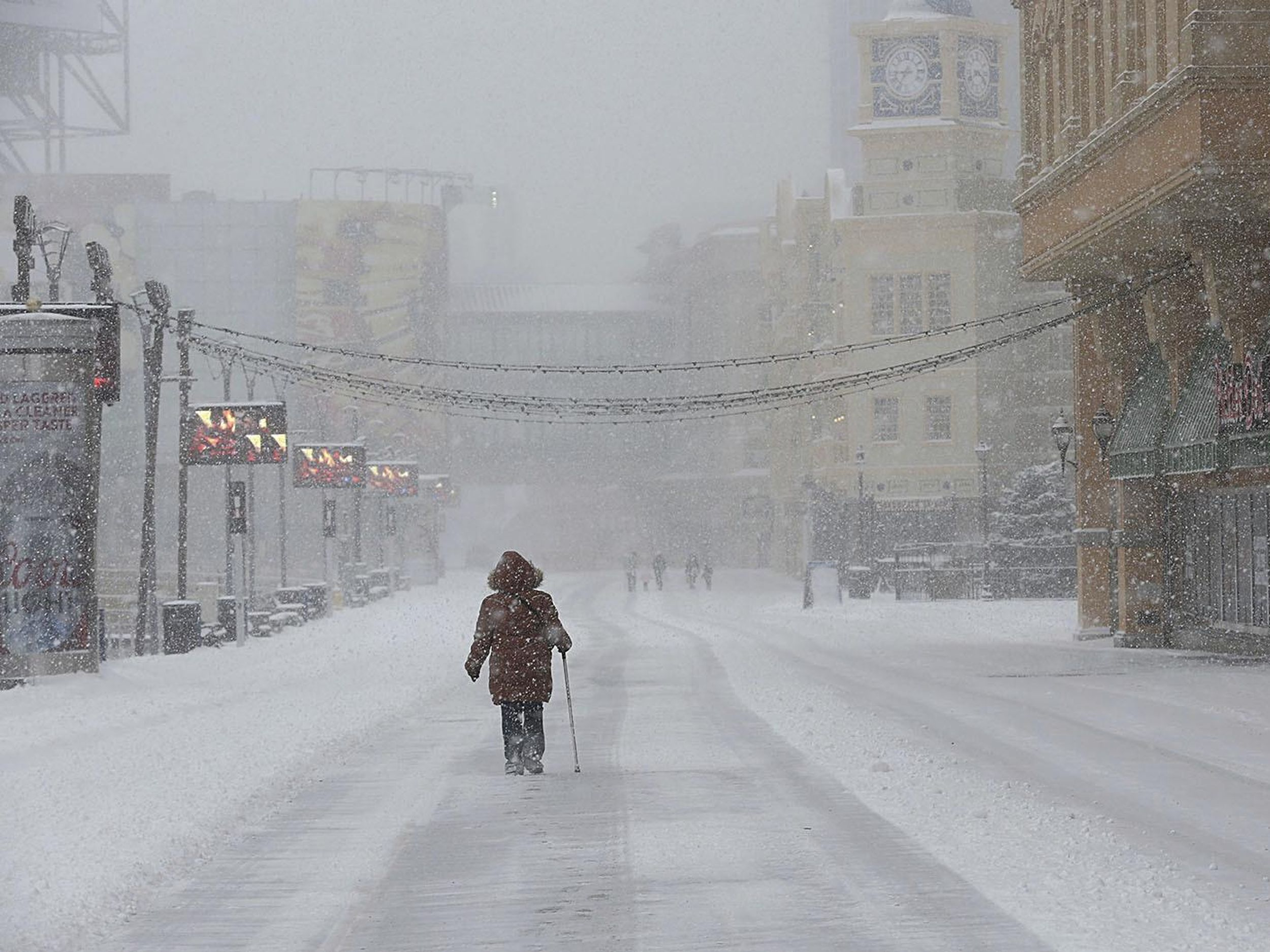 Snow Pounds Parts Of East Coast Spares Several Big Cities The Spokesman Review
