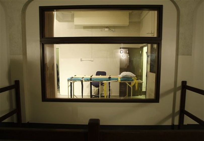The execution chamber at the Washington State Penitentiary is shown as viewed from the witness gallery, in this Nov. 20, 2008, file photo, in Walla Walla, Wash. Cal Coburn Brown is scheduled to die Friday, Sept. 10, 2010, for the murder of Holly Washa in 1991. If the execution is carried out, Brown  will be the first person executed in Washington since 2001. (Ted Warren / (AP Photo/Ted S. Warren, File))