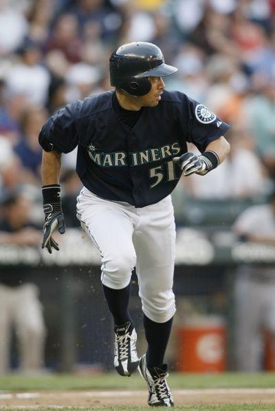 Ichiro Suzuki runs hitting streak to 25 games.  (Associated Press / The Spokesman-Review)