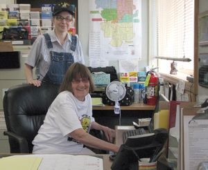 Volunteers Betsy Rosenberg (standing) and Lois D'Ewart work at the COPS Shop on East Fifth Avenue. (Pia Hallenberg)