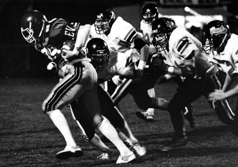 East Valley tight end Joe Jones caught two touchdown passes, but it wasn't enough as Cheney won 36-18. October 24, 1988. Photo Archive/The Spokesman-Review. (Dan Pelle / The Spokesman-Review)