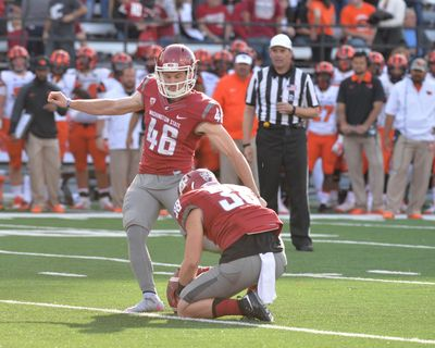 WSU kicker Erik Powell had a productive season in 2015, making all 49 extra-point attempts and connecting on 20 of 26 field-goal attempts. (AP / Associated Press)
