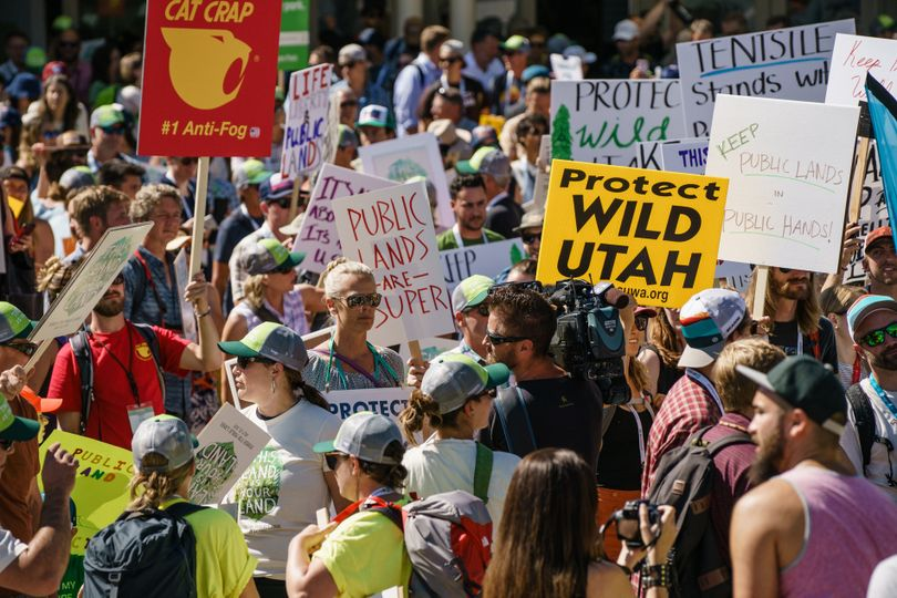 About 2,500 people rallied for protecting federal public lands during a July 27, 1917, march in Salt Lake City. (Outdoor Industry Association)