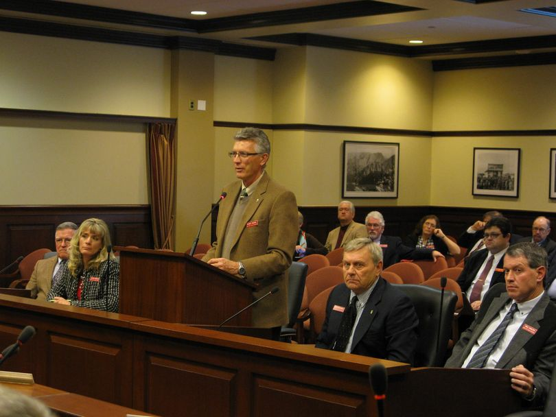 Idaho Fish & Game Commission Chairman Randy Budge addresses the Senate Resources Committee on Friday afternoon. (Betsy Russell)