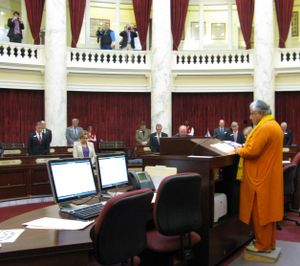 Rajan Zed delivers a Hindu prayer in the Idaho Senate on Tuesday morning, as the opening invocation (Betsy Russell)
