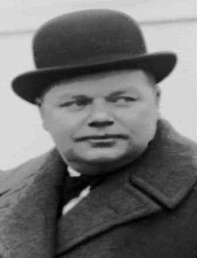 The case of comedian Fatty Arbuckle, shown here in this 1920 file photo, was the Michael Jackson trial of its time.  (File/Associated Press / The Spokesman-Review)