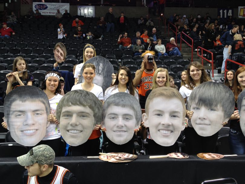 Pomeroy fans show support for their team before the first game of the state B basketball tournament Thursday morning. (Dan Pelle)