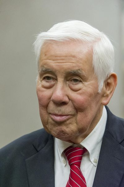 "Former U.S. Sen. Richard Lugar talks with reporters before going to Carter Hall for the ""Civility in American Politics"" program at the University of Southern Indiana in Evansville, Ind. ¶Lugar, a Republican foreign policy sage known for leading efforts to help the former Soviet states dismantle and secure much of their nuclear arsenal, died Sunday, April 28, 2019 in Virginia. He was 87. (Daniel R. Patmore / AP)"