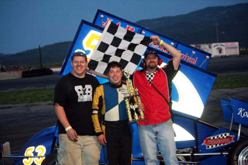 Tony Berry (c) after his second INSCA win of 2009 which came May 23 at Stateline Speedway. (Photo courtesy of INSCA) (The Spokesman-Review)