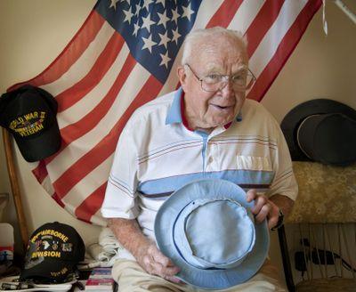 Veteran Hugh Smith recovered the body of Joe E. Mann from a World War II battlefield in Holland in 1944. (Dan Pelle)