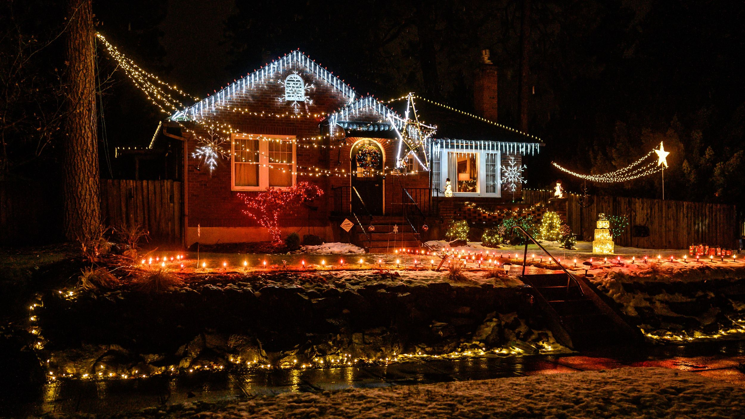 Christmas Lights Coeur D'Alene Street Neighborhood 2020 Season's sparkles: Holiday lights displays in town | The Spokesman