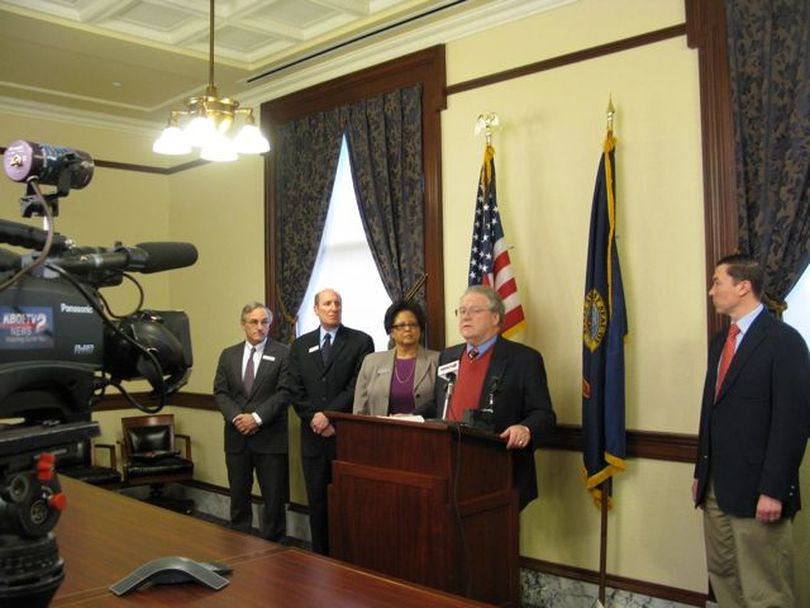 House and Senate Democrats response Friday to this year's legislative session. (Betsy Russell)