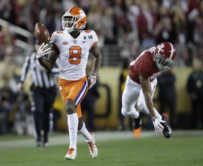 Clemson's Justyn Ross makes a one-handed catch in front of Alabama's Josh Jobe during the second half of the NCAA college football playoff championship game, Monday, Jan. 7, 2019, in Santa Clara, Calif. (Ben Margot / Associated Press)