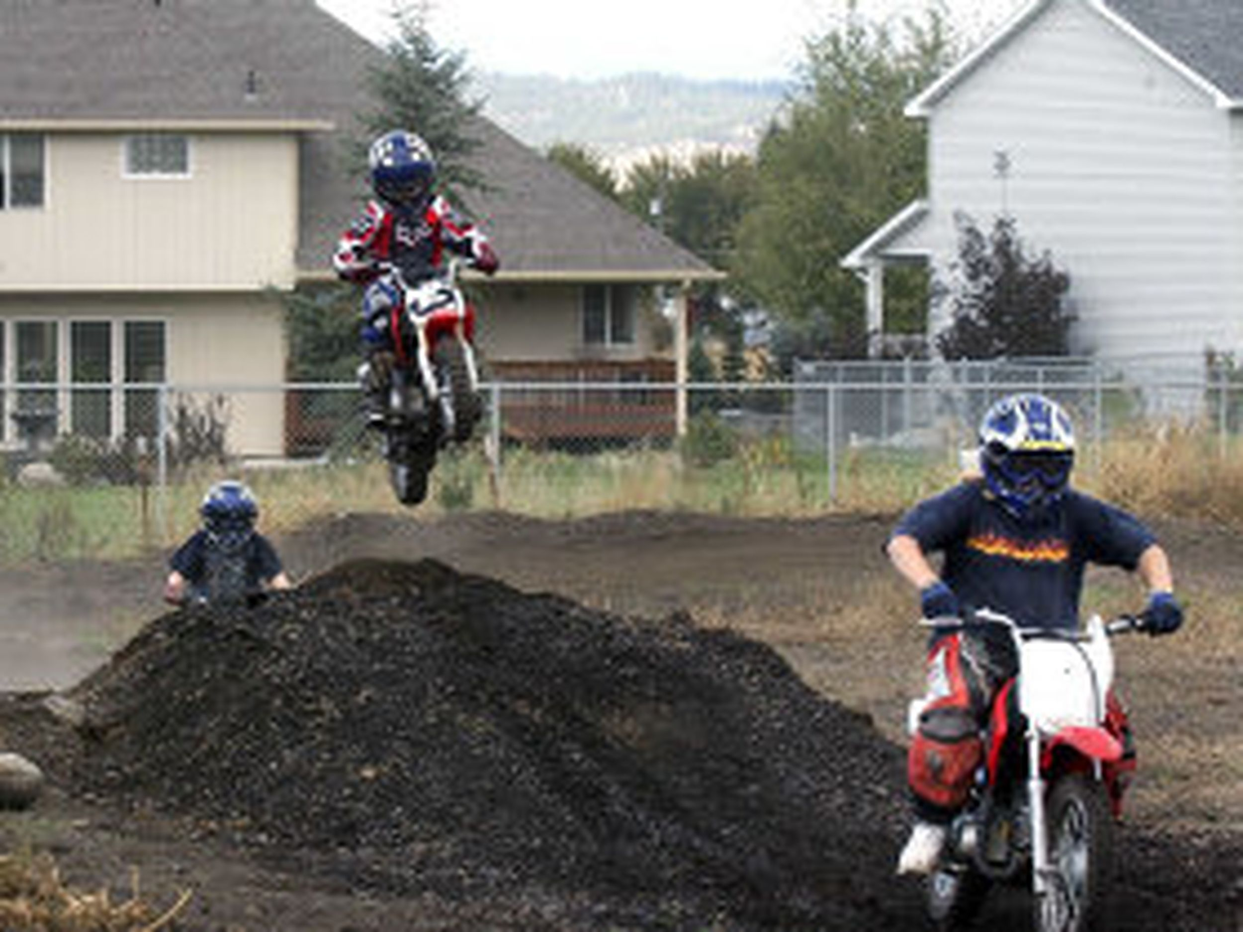 Neighbors Of Yard Motocross Track Are Jumping Mad The Spokesman Review