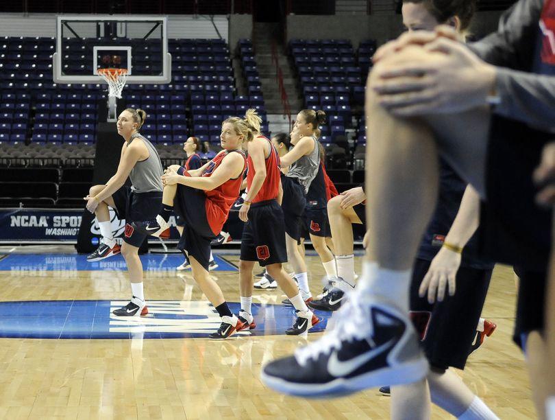 Gonzaga women take the court for practice,  March 25, 2011, in the Spokane Arena. (Dan Pelle / The Spokesman-Review)