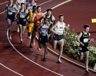 Washington State distance runner Paul Ryan, second from right, races in the Oregon Relays on April 23 in Eugene.  (Courtesy of Howard Lao/WSU athletics)