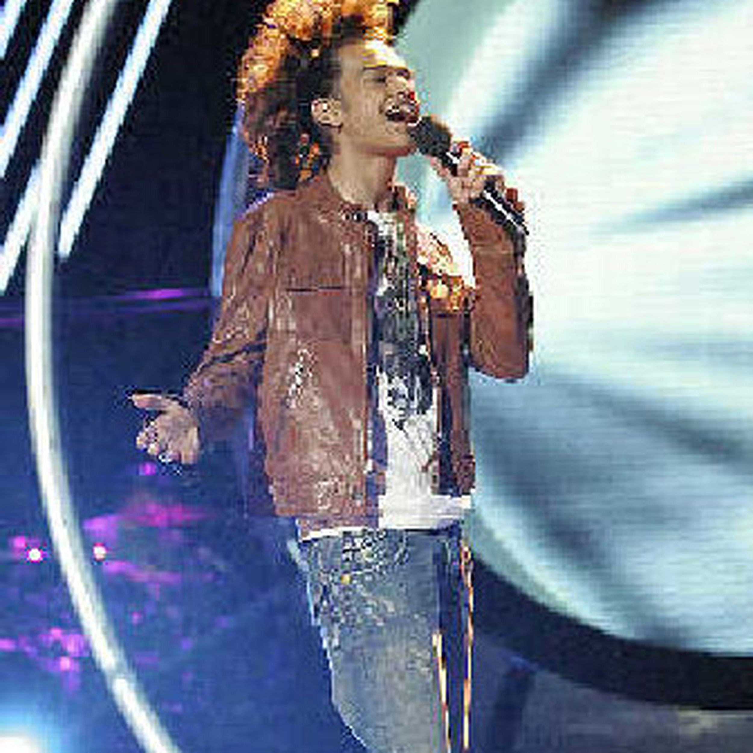 Vote For Worst Buzz Keeps Idol Contestant Alive The Spokesman Review