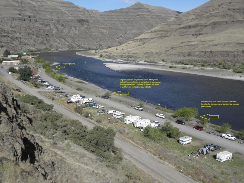 Illustration shows two sites originally checked out for a second boat ramp on the Snake River at Heller Bar. The left arrow shows the existing ramp.  Center arrow shows a possible site that's being ruled out because of a riffle current. Right arrow shows a better launch site, but it's being ruled out because of flows and because it's a stretch frequented by anglers. (Washington Department of Fish and Wildlife)