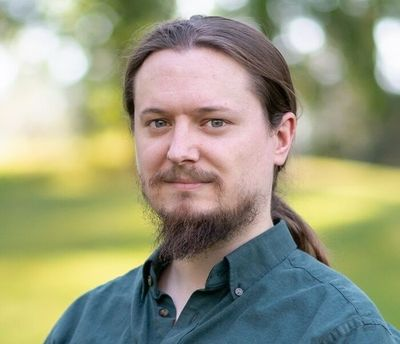 Local author J.T. Greathouse will discuss his debut fantasy novel,