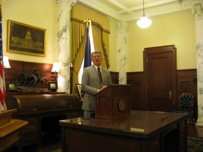 Idaho Gov. Butch Otter talks with reporters Wednesday about Tuesday's election results, including the voters' rejection of three school reform measures he championed (Betsy Russell)