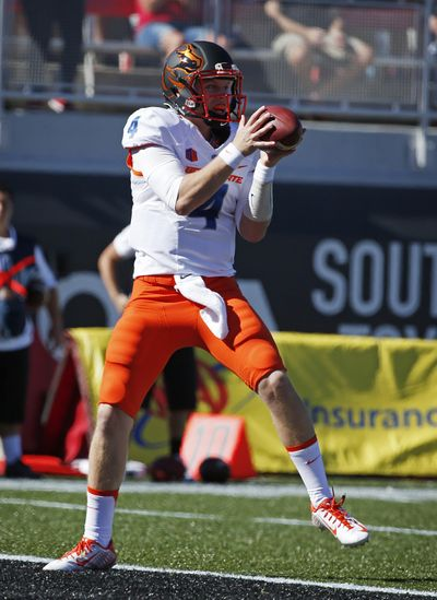 Boise State quarterback Brett Rypien (4) catches a pass for a touchdown against UNLV during the first half of an NCAA college football game Saturday, Oct. 31, 2015, in Las Vegas. (Associated Press / Associated Press)