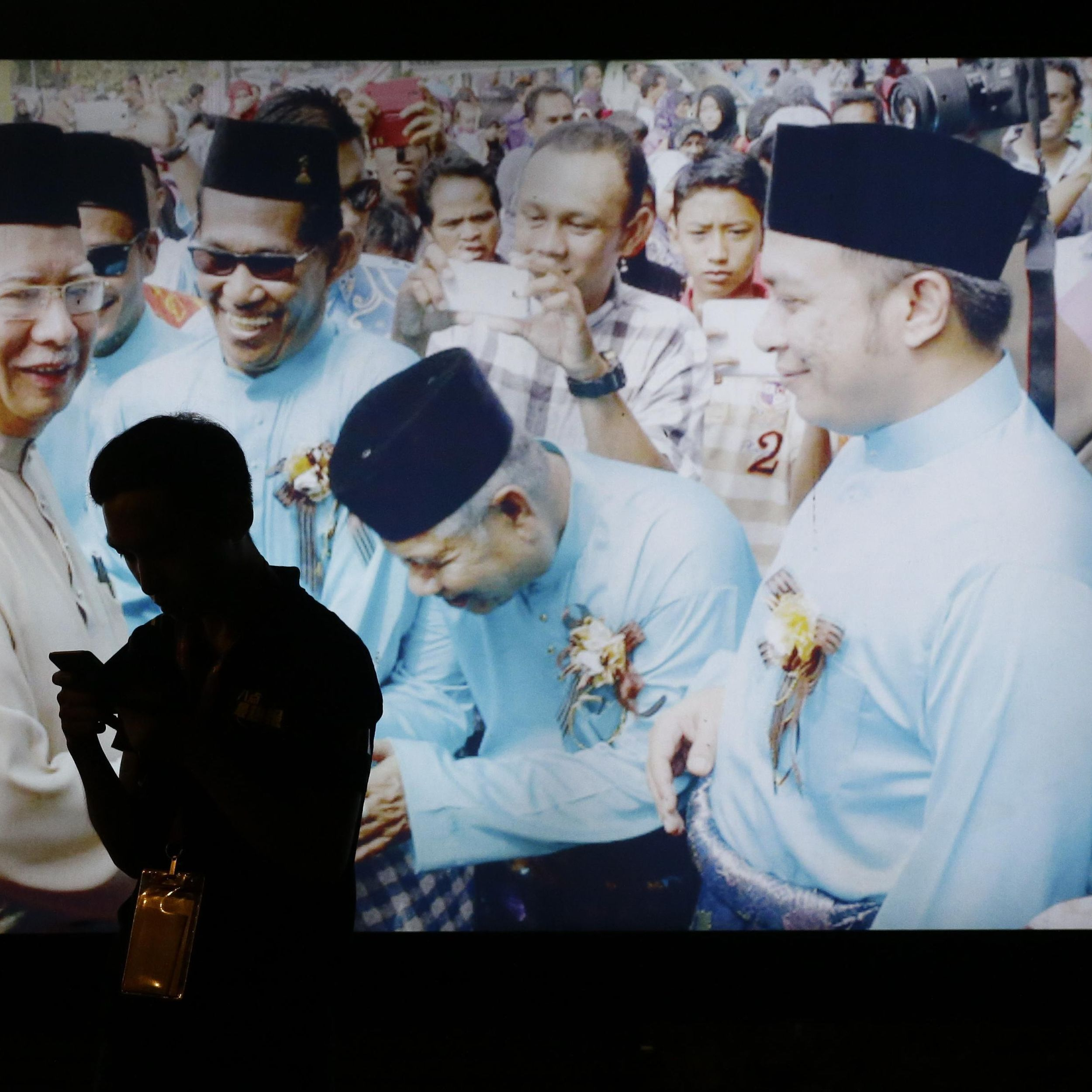 Opposition Win Ends Malaysia Party S 60 Year Hold On Power The Spokesman Review
