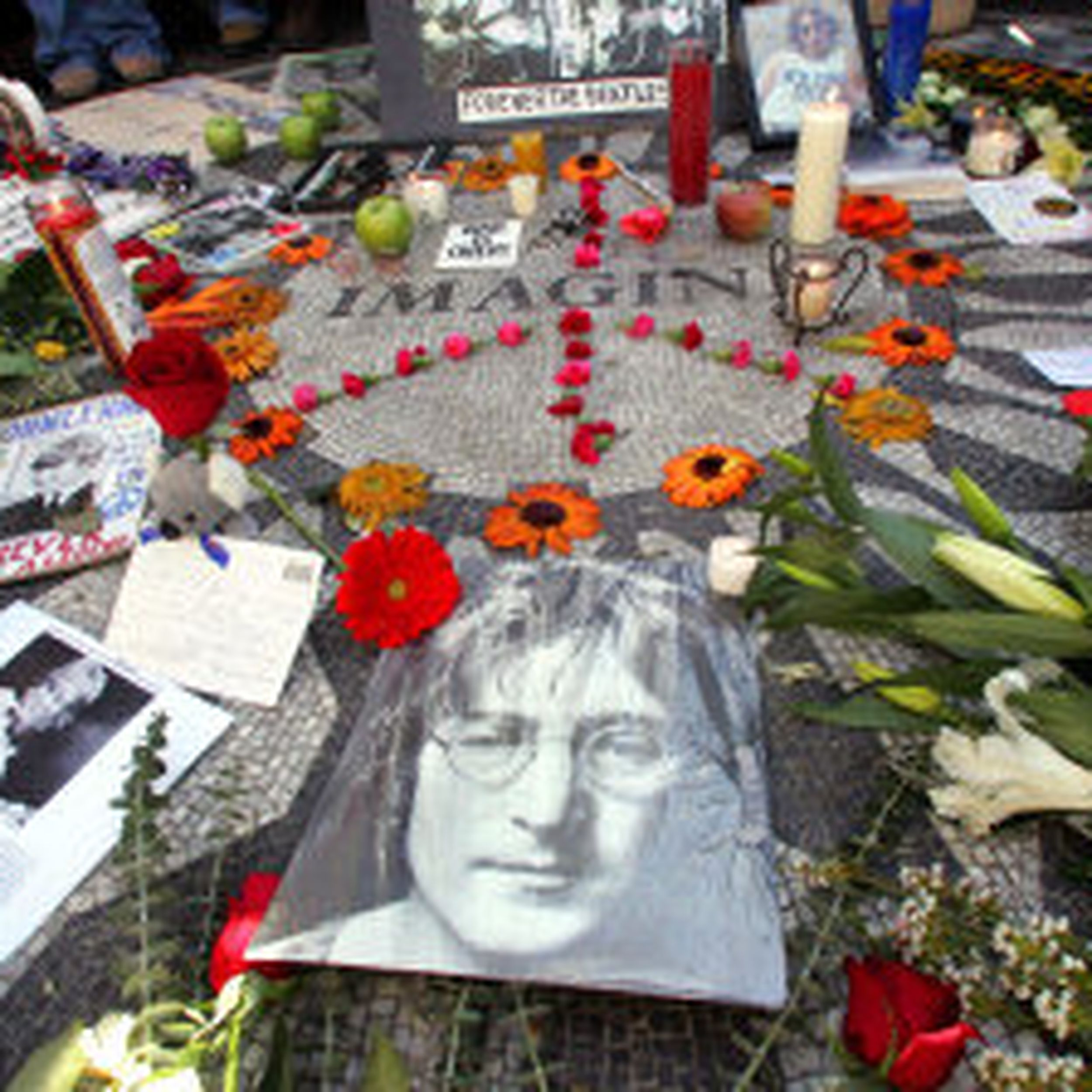 Lennon Vigil Filled With Song The Spokesman Review