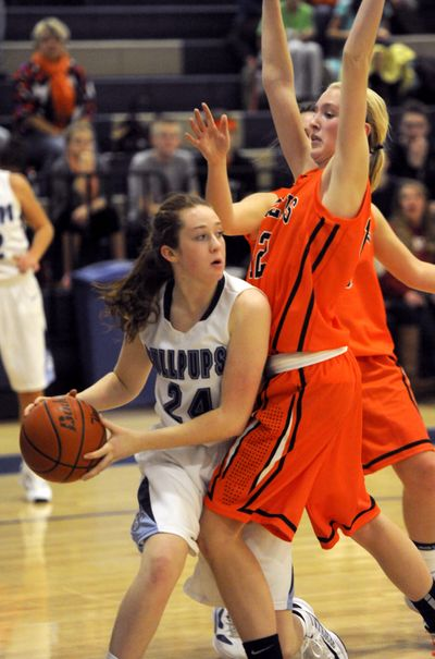 Gonzaga Prep's Madison Wright tore her ACL earlier this basketball season. (Jesse Tinsley)