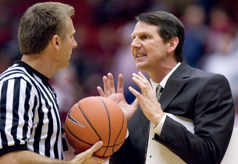 Arizona State head coach Ken Bone, right, argues with referee Greg Nixon about a possession call during the first half of an NCAA college basketball game Thursday, Jan. 20, 2011, in Pullman, Wash. Washington State won 78-61. (Dean Hare / Fr158448 Ap)
