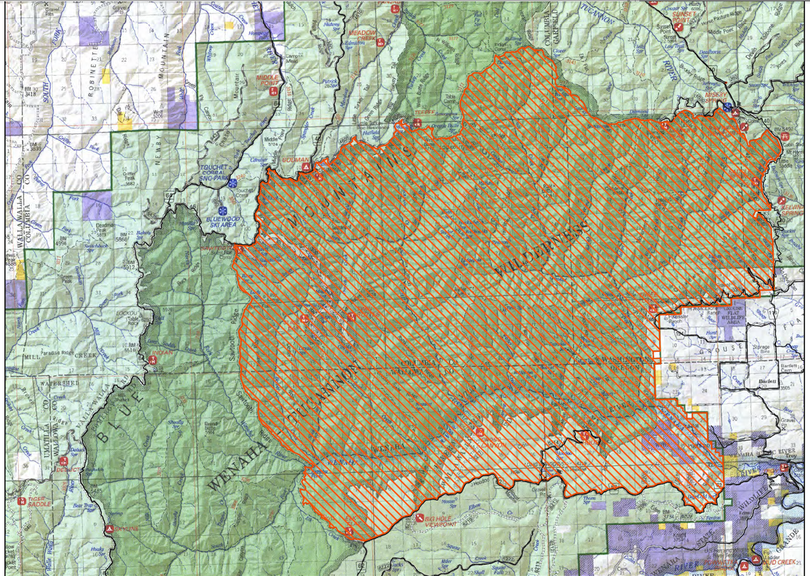 Grizzly Complex wildfire closure includes most of the Wenaha-Tucannon Wilderness on map updated Sept. 29, 2015.  (U.S. Forest Service)