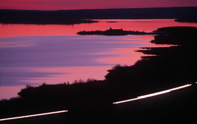 Sprague Lake along Interstate 90 on the Lincoln-Adams county line. (The Spokesman-Review)