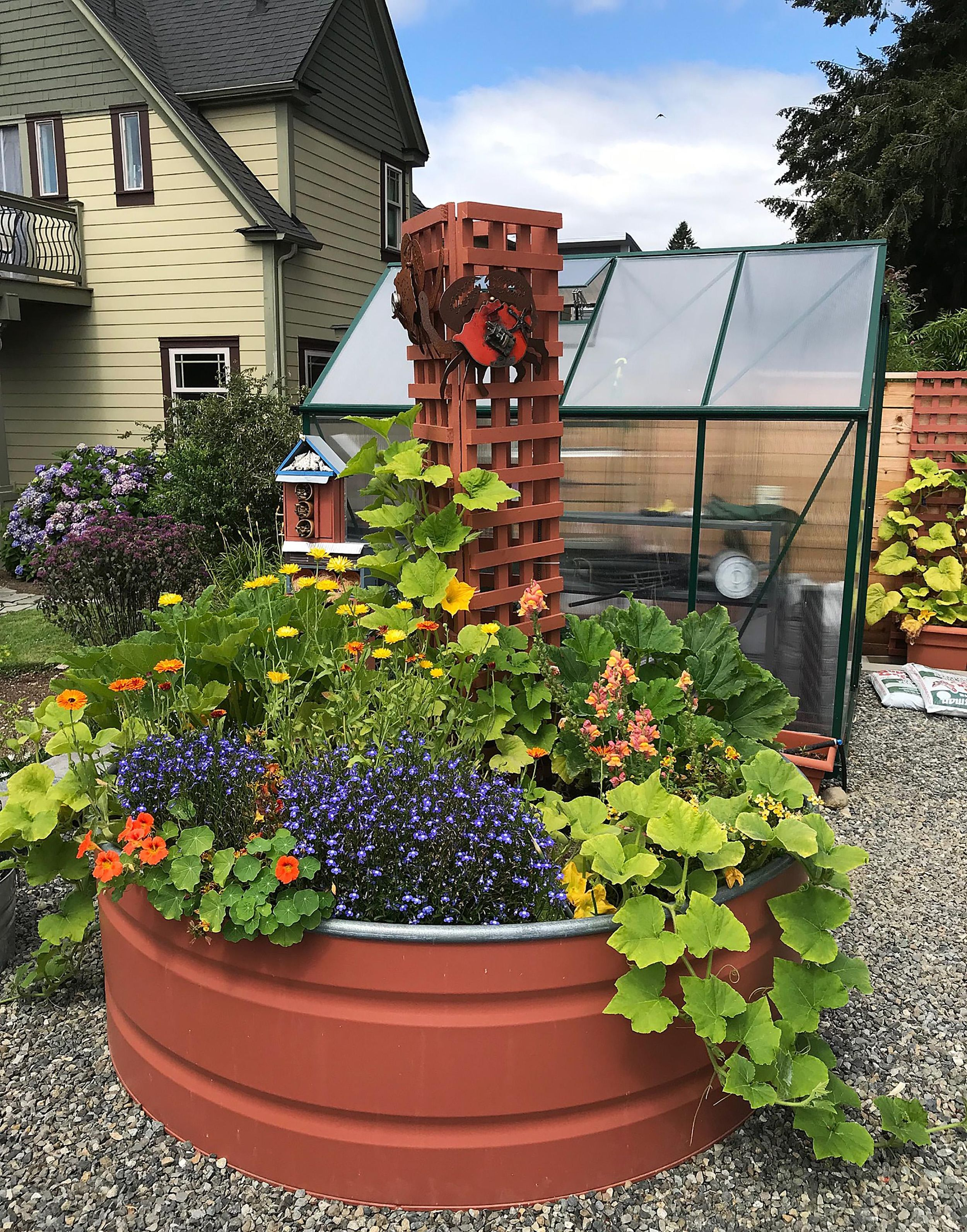 In The Garden Artist S Colorful Landscape Designed To Age Gracefully The Spokesman Review