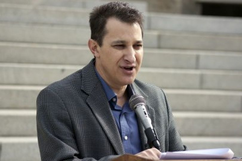 Wayne Hoffman speaks at press conference Thursday on the state Capitol steps (Idaho Freedom Foundation photo)