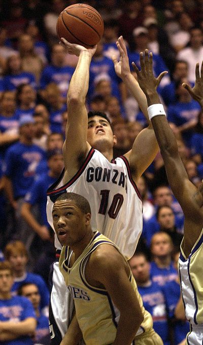 Gonzaga's Blake Stepp scored a career-high 33 points in win over Washington on Dec. 2, 2002. (FILE / SR)