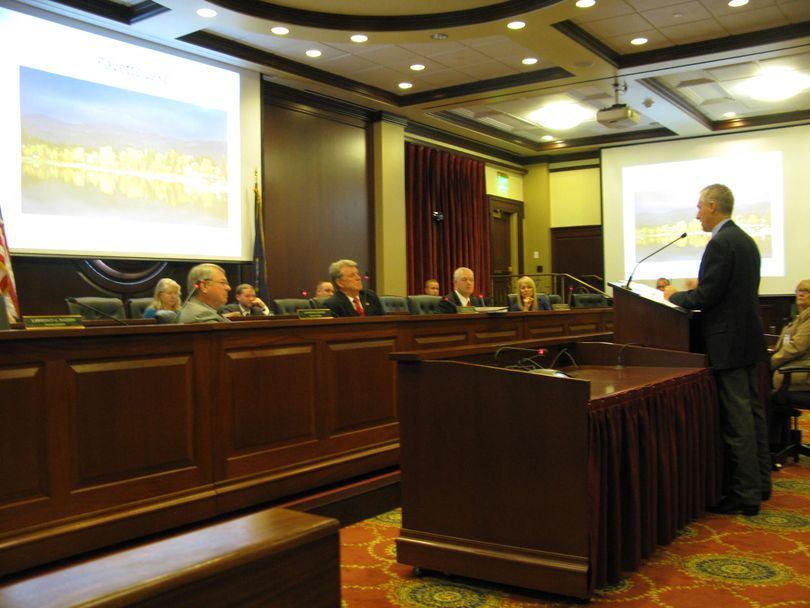 Idaho state forester David Groeschl briefs the Land Board on this year's fire season (Betsy Z. Russell)