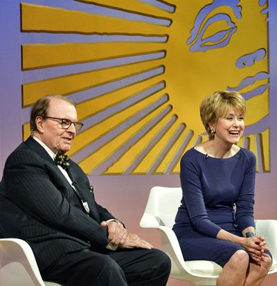 """In this Image released by CBS News, """"CBS News Sunday Morning"""" host Charles Osgood introduces Jane Pauley, as his replacement to host the program on Sunday, Sept. 25, 2016, in New York. (John Paul Filo / CBS via AP)"""