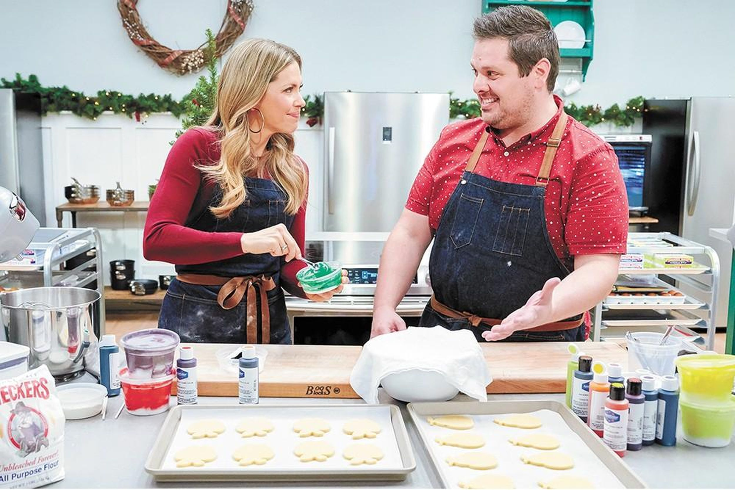 The Sweetest Competitor Ricky Webster Is In It To Win It Again This Time On Christmas Cookie Matchup The Spokesman Review