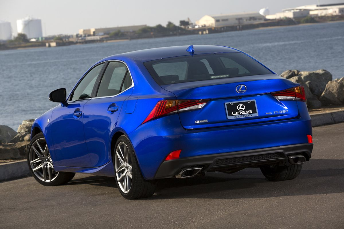 2019 Lexus Is 350 Compact Luxury Sport Sedan Shines Brightly In Challenging Conditions The Spokesman Review