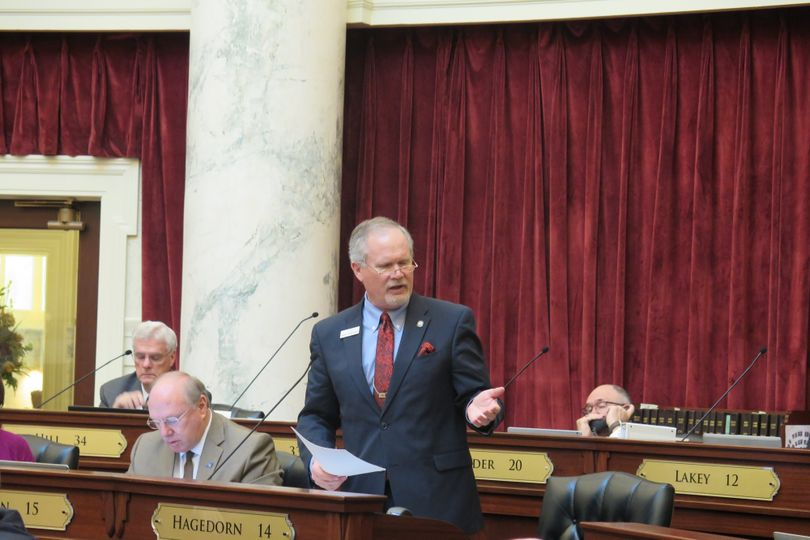 Sen. Marv Hagedorn, R-Meridian, argues in favor of his $10 million health gap bill in the Senate on Monday, March 20, 2017. (Betsy Z. Russell)