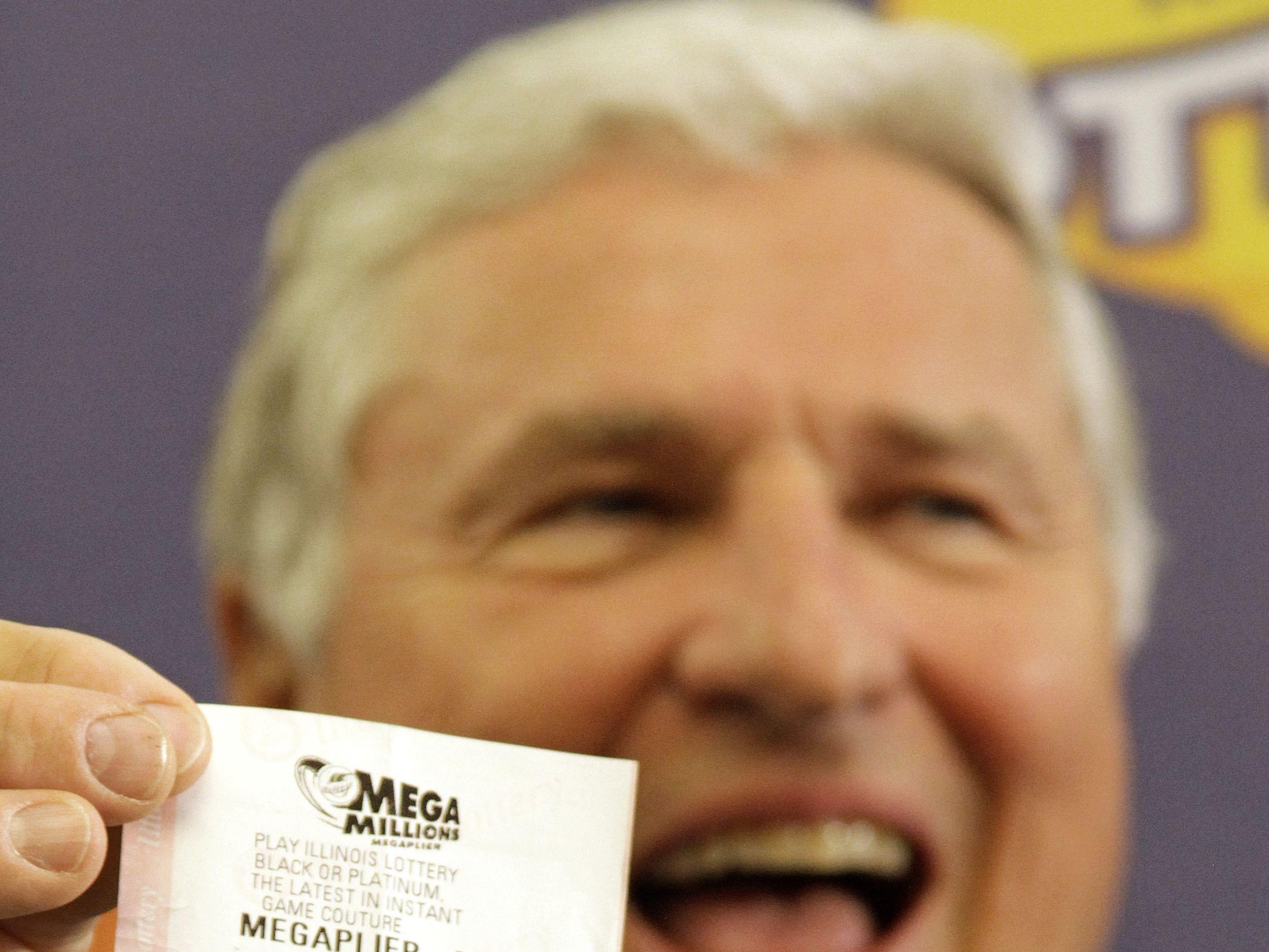 Illinois Mega Millions Winner Introduced The Spokesman Review