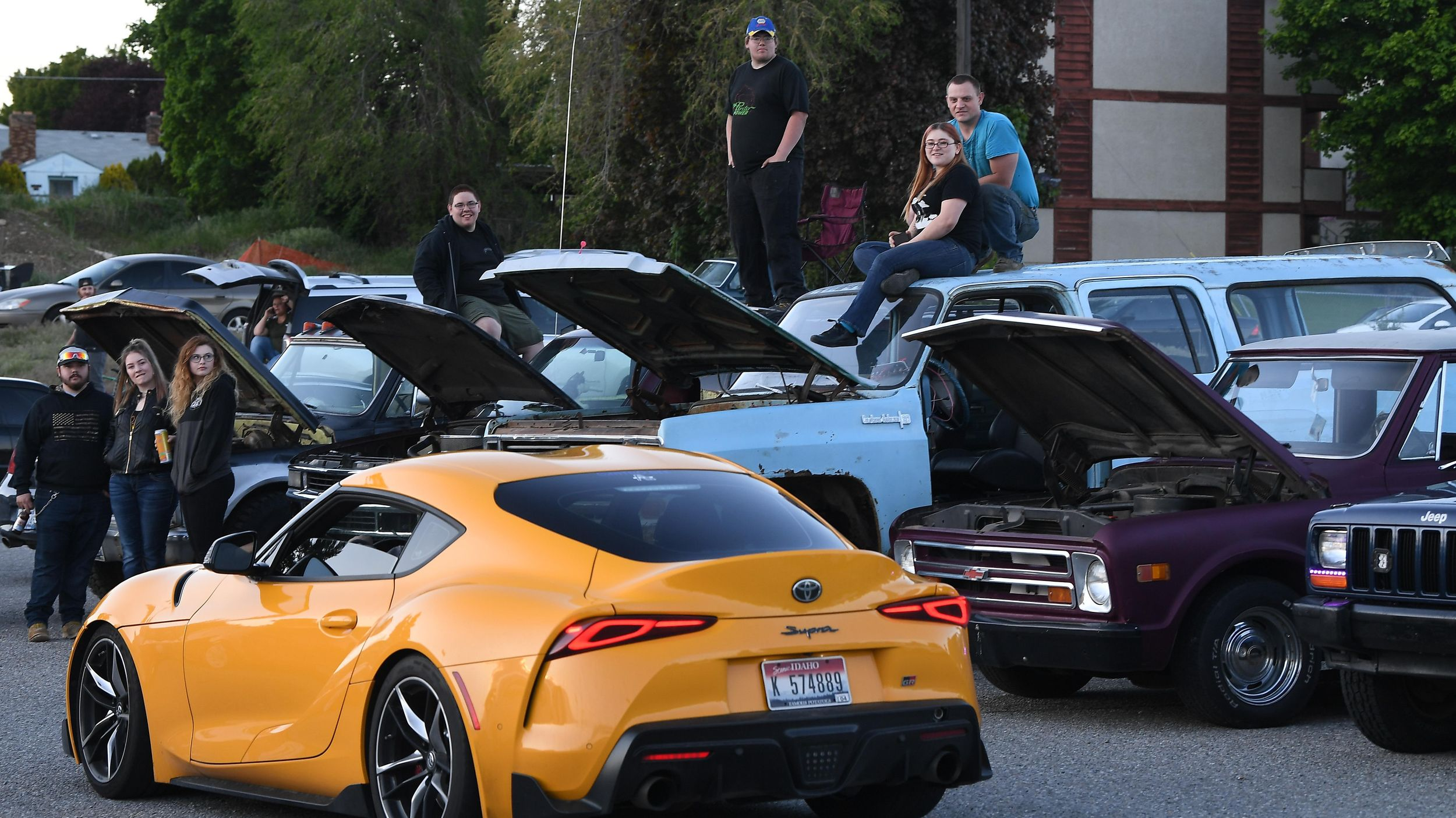 gearheads stay social at spokane valley car meets despite virus concerns the spokesman review gearheads stay social at spokane valley