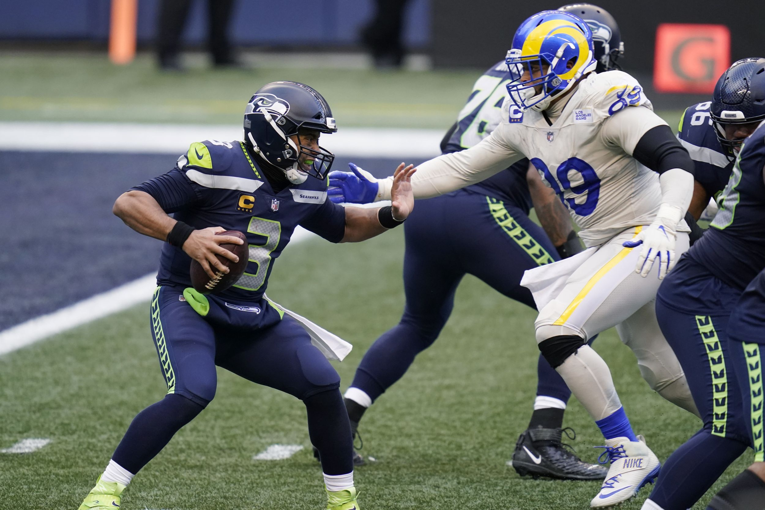 Seahawks Wrap Up Nfc West Title With 20 9 Victory Over Rams The Spokesman Review