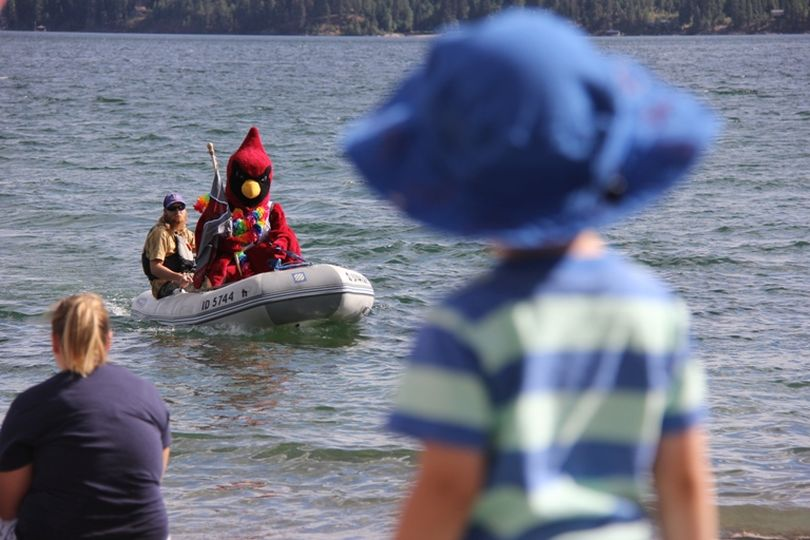 A young splash participant waits for the big bird's arrival at last year's Cecil's Summer Splash. (North Idaho College Press Room photo)