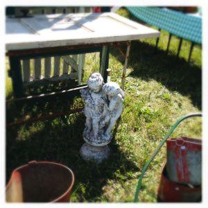 Vintage garden statuary (Cheryl-Anne Millsap / Photo by Cheryl-Anne Millsap)